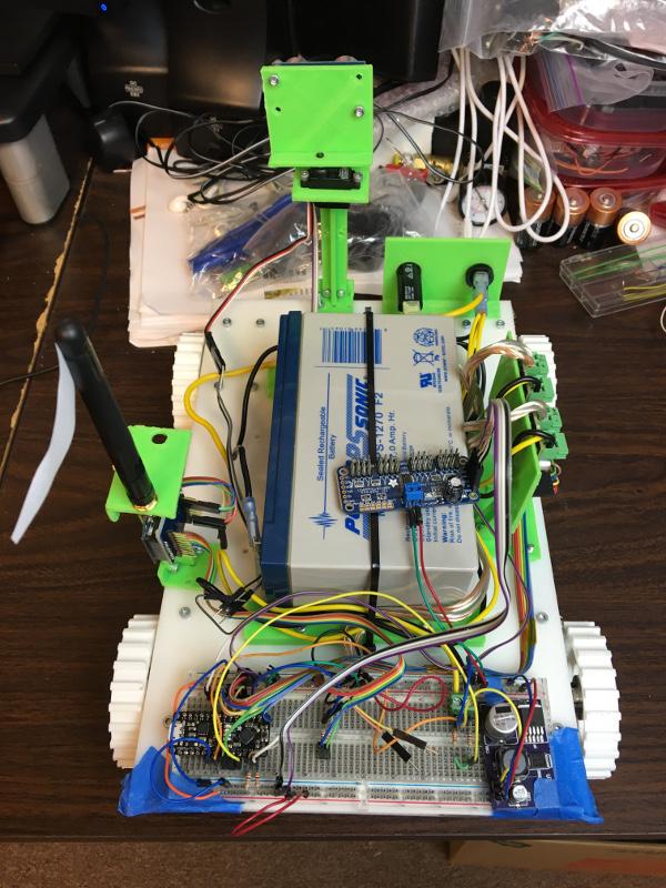 Minrobot32 w/ AVR breadboard